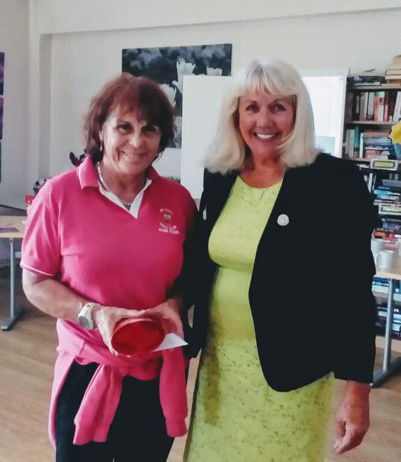 Golf club holds spring coffee morning